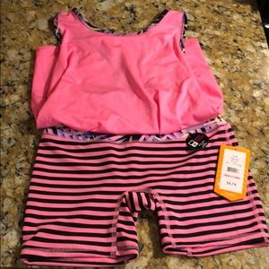Avia girls 10-12 large shorts and athletic top